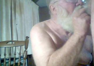 2 grandpas cum together