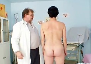 barbora visits gyno doctor to receive mature
